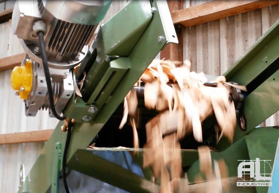 Convoyeur plaquettes bois - Convoyeur scierie bois - Filière bois
