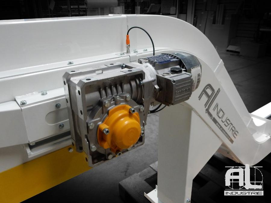convoyeur-machines-outils - Convoyeur tapis chutes aluminium - Sidérurgie