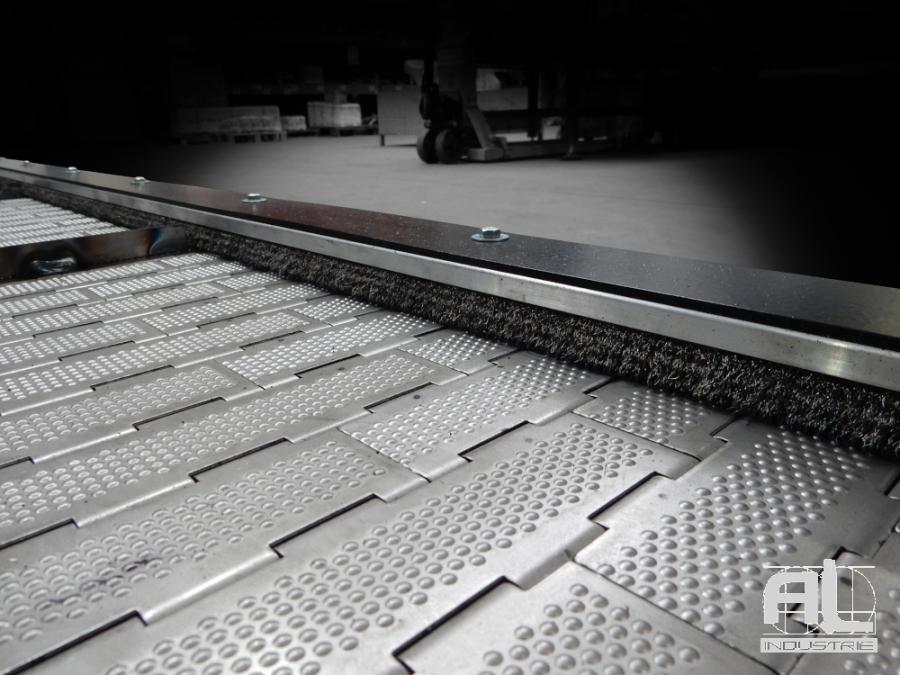 tapis convoyeur decoupe laser - Convoyeur découpe AMADA - Tôlerie